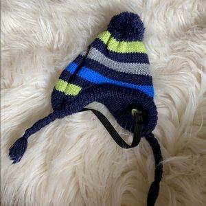 Puppy / cat pom pom winter hat costume